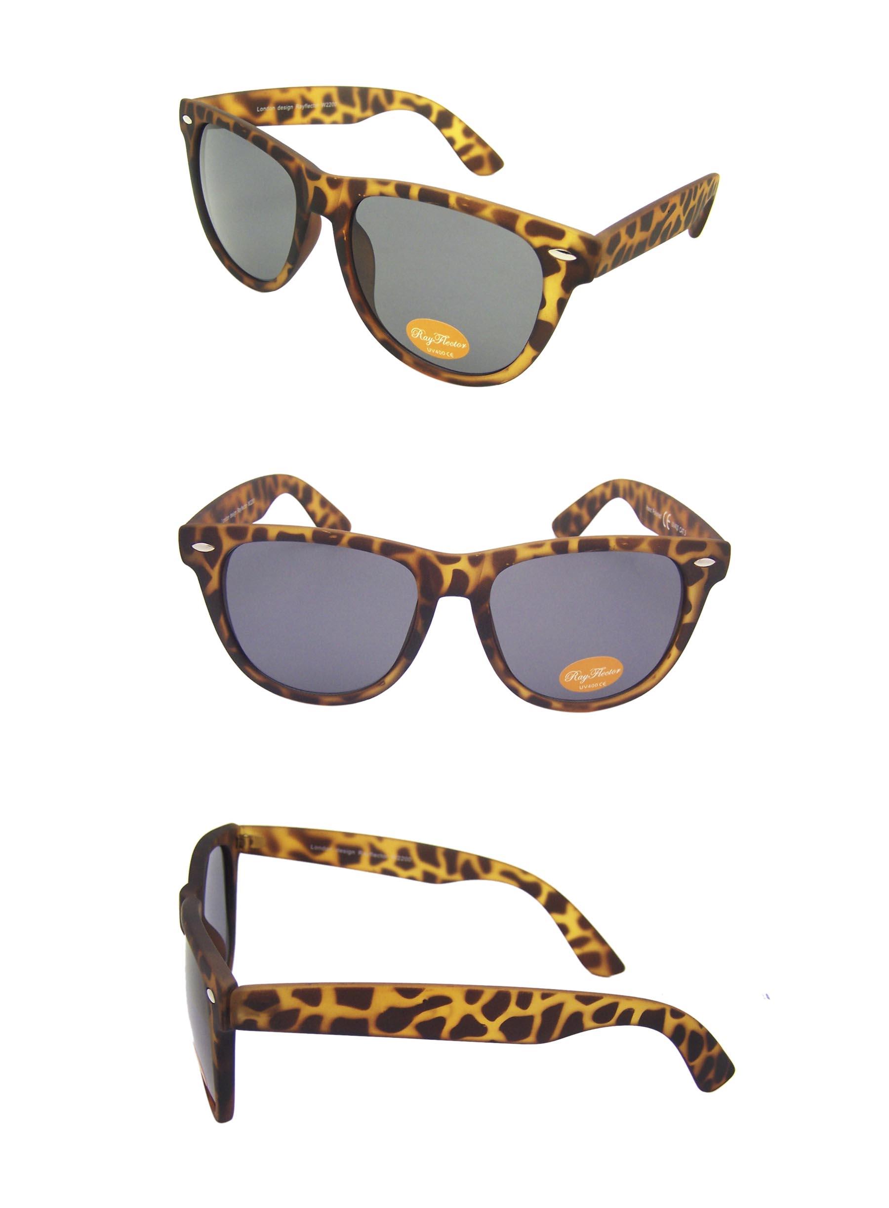 8d8605ed69a Classic Wayfarer Sunglasses
